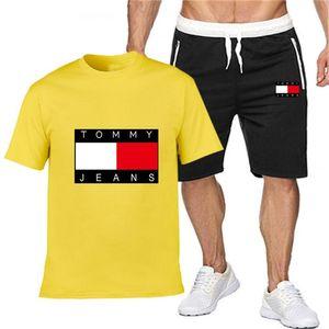 Mens Survêtement Set Summedesigner Brar Tenues deux pièces Ensemble T-shirt Homme Shorts Survêtement Hommes Loisirs Fitness Joggers Sportswear2