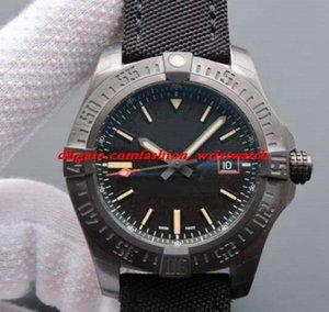 Orologio di lusso Blackbird Nylon nero 44mm Orologio da uomo in titanio nero V1731110 Orologio da polso automatico da uomo alla moda