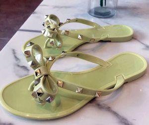 perçinler kadın gladyatör moda Sandals 2020ss yaz bayanlar gündelik slaytlar tasarım papyon roman gündelik terlik sandalet ayakkabı kayışları