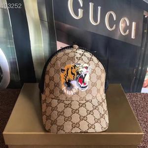 2019 Designer Herren-Baseballmütze neue berühmte Alphabet Hut Stickerei Knochen Paris der Frauen der Männer casquette Sonnenhut GORRAS Sport Tropfen delive Kappe