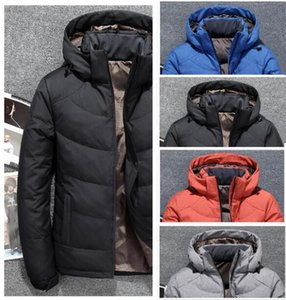 New Os Homens do Norte Inverno Jacket Parka quentes Goose Down Coats Soft Shell Chapéus de espessura exterior outerwear rosto jaquetas designer de roupas masculina