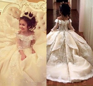 2020 Off The Shoulder Long Sleeves Lace A Line Flower Girl's Dresses Lace Applique Layered Ruffles Floor Length Girl's Pageant Dresses