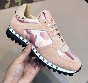 Новые ботинки способа Studed Камуфляж вскользь Обувь Обувь Мужчины Женщины Квартиры Роскошная Rockrunner Кроссовки Повседневная обувь d9