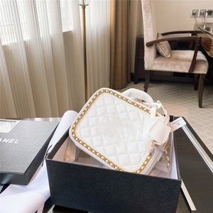 2020 Fashion women's handbag solid color letter-embroidered bracelet wallet leather chain bag cross body bag