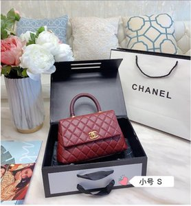 Wholesale woman hand flap bag small, imperial caviar material laptop is senior lizards cowhide!Size 21 cm