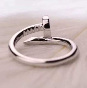 18k Acier Titane Or argent en or rose bague clou avec diamants Bagues pour les amateurs de bande femmes et les hommes Couple anneaux bijoux de luxe