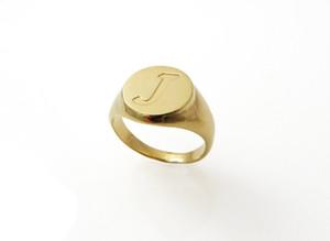 Нержавеющая Сталь Штабелируя A-Z Начальная Гравировка Письмо Палец Кольца Для Женщин Золотой Цвет Персонализированные Ручной Штампованные Пользовательские Кольцо