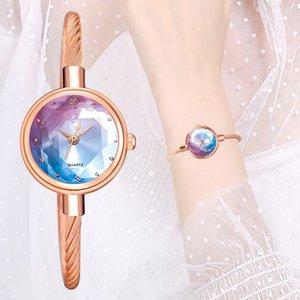 Casual braccialetto di vigilanza 1PC nuova delle donne di superficie Piccolo Vigilanza dorata geometrica di vetro colorato orologio da polso Donne Vestito Guarda