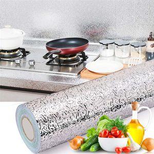 A prova de óleo de cozinha Sticker Recados Fogão Anum Foil óleo à prova de etiquetas de alta temperatura resistente auto-adesivo adesivos de parede 40 * 500 centímetros