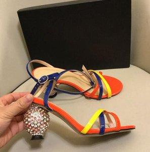 2019 runway in pelle con strass sandali moda donna tacchi alti punta aperta cinturino alla caviglia fibbia in cristallo tacco alto sandali