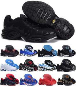 SICAK Satış 2020 Yeni TN AYAKKABI Yeni Casual Sneakers koşu Üst Kalite HAVA TN Erkek Nefes Mesh Chaussures Homme TN Requin Luxury Tasarımları