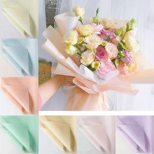 Papel de envolvimento florista 20pcs / lot 60x60cm Flower Bouquet Embrulho Waterproof fontes do casamento Valentine Bouquet Flor Gift Wrap Decor