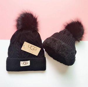 Мужчины женские зимние шапочки мужчины шляпа повседневная вязаные шапки шляпы мужчины спортивная шапка черный серый белый желтый высокое качество череп шапки G5363