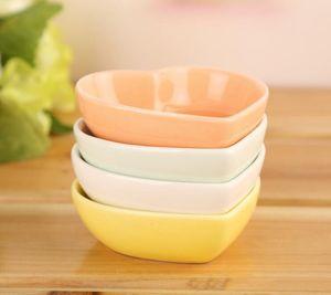 Piatto in ceramica bianca a forma di cuore condimento piatto ceramica ceramica ceramica piatto cucina multifunzione piatto XD23401