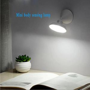 Lampada da parete del LED Nuovo umano della lampada di induzione del corpo USB ricaricabile Bedside Corridoio Gabinetto intelligente LED di induzione della lampada IIA37