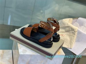 2020 New Women Sandals Macaron Leather Beach Shoes Luxury Designer Shoes Contrast Buttoned Sexy Flat Golden Comfortable Roman Shoes s06