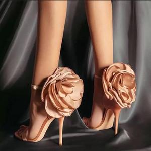 Novas 2020 Mulheres Flor Moda Calçados flor grande Sandálias Calçados Evening Discoteca Shoes Black Powder Salto Alto Sandálias