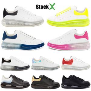 2020 PlatForm Hombres Mujeres Zapatos de diseño casual Negro Dorado Triple Blanco Crystle Sole Cojín Zapatillas de terciopelo de cuero genuino Zapatillas de deporte de lujo