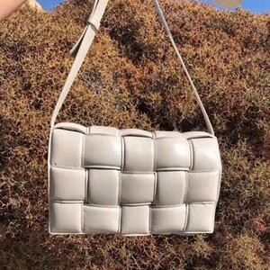Kadınlar Yastıklı Kaset Çanta Sonbahar ve Kış Yeni Dokuma Stereoskopik Ekose Omuz Çantası Kadın Moda Deri Çanta Debriyaj