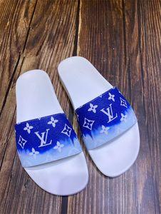 upmarket ile ilkbahar / yaz Çinli yenilikçi gündelik iş tarzı vamp için Terlik Tasarımcı Flip Flop temiz moda sığır derisi artı
