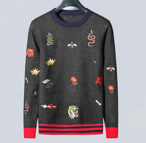 Diseñador de la nueva marca Suéter Hombre Marca camiseta de manga larga con capucha Tigre abeja bordado de los géneros de punto de invierno nuevo diseñador Ropa para Hombres