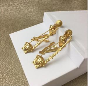 Nuovo stile del cuore moda femminile a forma di cuore personalizzato di alta qualità Orecchini a forma di Seiko orecchini personalizzati
