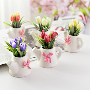 Künstliche Blumen Tulip + Keramik-Topf Kleine Bonsai-Fälschungs-Blumen-Party-Zubehör für Wohnzimmer Garten-Dekoration Bauernhof-Dekor