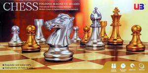 Ajedrez magnético dorado plateado Tablero de ajedrez plegable hecho a mano Juego de ajedrez familiar exquisito y fácil de llevar