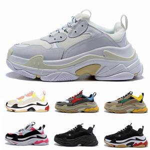 Paris 17FW Triple-S Walking Shoe Dad Calçados sapatilhas do desenhista Chaussures Femme Triple S 17FW para o vovô instrutor Old Men Women Vintage