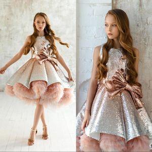 2020 Shiny Pailletten Blumenmädchenkleider Ärmellos Tüll Tiered TuTu Mädchen Festzug Kleider Wunderschöne Puffy Prom Kleider