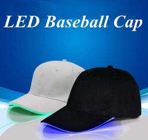 Hot nova Baseball LED Caps Cotton Preto Branco Brilhante LED Bola Luz Caps brilho em Dark Snapback ajustável Chapéus Luminous chapéus de festa WCW183