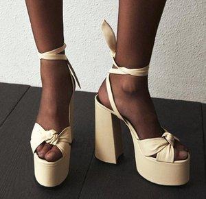 Moraima Snc Estate sexy Sandals Open Toe talloni della piattaforma spessi pattini della donna di stile di Roma in pelle Lace Up Runway abito Tacchi Sandalo T200515