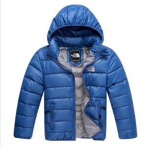 Kız Erkek Parka Dış Giyim Kapüşonlular Puffer Coat marka yüzü kuzey Bebek Kış Ceketler Işık Çocuk Beyaz Ördek Aşağı Coat Bebek Ceket