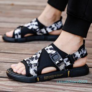 GOODRSSON Мужские сандалии 2020 Summer Beach Сандалии Мужчины Мужчины Zapatos De Hombre Erkek Ayakkabi C19