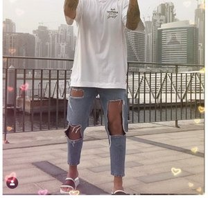 Men's Designer Jeans with Big Holes Straight Leg Trousers, Loose-fitting Mid-waisted Pants and Funky Leg Trousers Fashion Short Pant