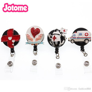 10pcs / lotto 4kinds caldi di vendita EMT medico ambulanza / cross / cuore / infermiere robot e medico decorativi titolare retrattile ID Badge