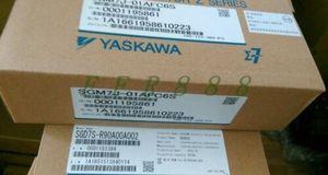 ONE NEW Yaskawa SGM7J-01AFC6S + SGD7S-R90A00A002