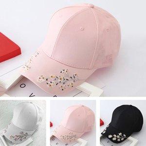 Las mujeres flor del bordado gorra de béisbol Sombreros de verano incorporado en el aislamiento hicieron punto los sombreros Femme gorra de béisbol ajustable