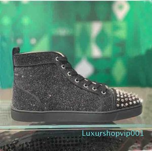 Designer fashion Red Bottom Studded Spikes Flats shoes For Men Women glitter Leather Party Lovers Flats casual Sneakers Sports Traine