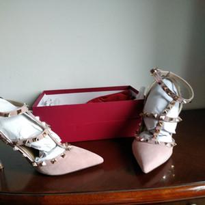 Hot Sale-New europäischen klassischen Luxusgüter Stil Damen Sandalen, High Heels, reines Leder, Nietendekorationen, mehr Farbauswahl.