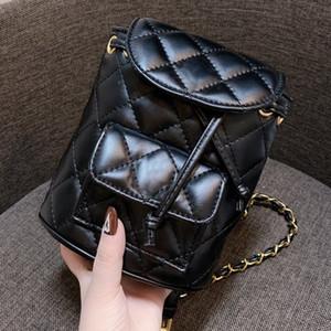 золотая цепочка на открытом воздухе студенты девушки рюкзак дизайнер роскошные рюкзаки женщины мини-роскошный дизайнер женщины рюкзак