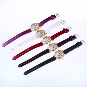 New Fashion Dress Orologi da donna all'ingrosso carino ragazza regalo orologi da polso di alta qualità strass Cat modello PU cinturino in quarzo Wathces LW053