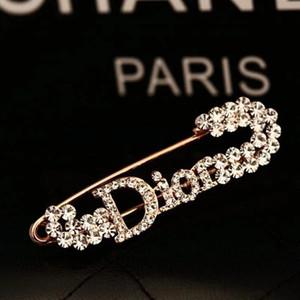 Nuovo progettista di arrivo Spille strass monili di lusso Pin Spilla donne di fascino di banchetto di modo della decorazione di cristallo di migliore qualità