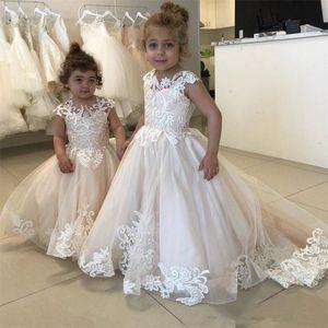 Marfil Encaje Flor Vestidos para niñas Pura manga del cuello Apliques Tulle Wedding Girls Vestidos del desfile Vestidos de fiesta para adolescentes