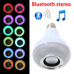 Nouveau sans fil Bluetooth Haut-parleur RGBW Ampoule LED avec télécommande RF intelligente lampe wifi couleur variable lampe LED intelligente E27