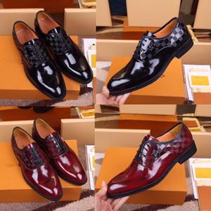 Scarpe del vestito formale manuale per marchi delicati da uomo Bright Skin Genuine Business Dress Business Shoes Pelle Scarpe in pelle puntata da mens Designer Business Oxfords