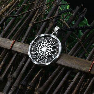 Gros-1pcs Sun Wheel Black Sun Kolovrat Pendentif Amulet slave Norse Symbole Occulte Pendentif hommes germanique collier