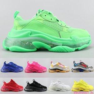 Triple S Designer Casual Shoes Paris 17FW Sneaker Limpar bolha Tamanho Midsole triplo preto branco dos homens da forma das mulheres de alta qualidade 36-45