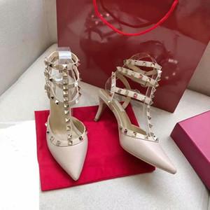 Nouveau Femmes talons hauts parti noir blanc rose rivets mode sexy Stud Sandales filles sexy chaussures bout pointu boucle plate-forme pompes sandale partie