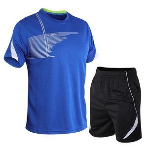 Verão esportes dos homens Fatos Casual Suits camisetas Shorts 2pcs Homme Fatos Moda de secagem rápida respirável Masculino